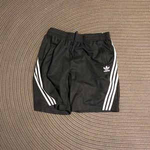 Adidas wrap shorts, near new. XL